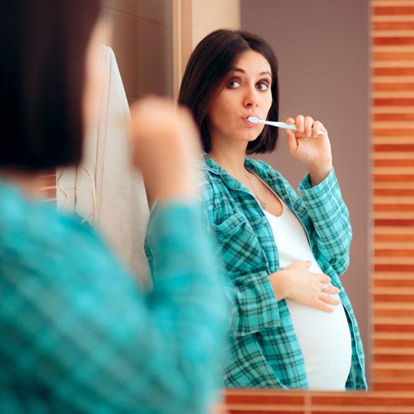 مراقبت از دندان در بارداری